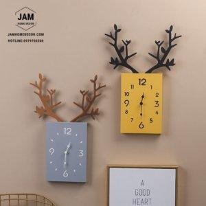 Đồng hồ trang trí treo tường bằng gỗ sừng hươu